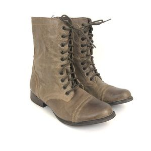 Steve Madden Troopa Leather Combat Boot Taupe 9.5